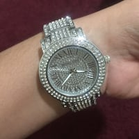 Mk Michael kors crystal silver analog watch with silver link bracelet Silver Spring, 20905