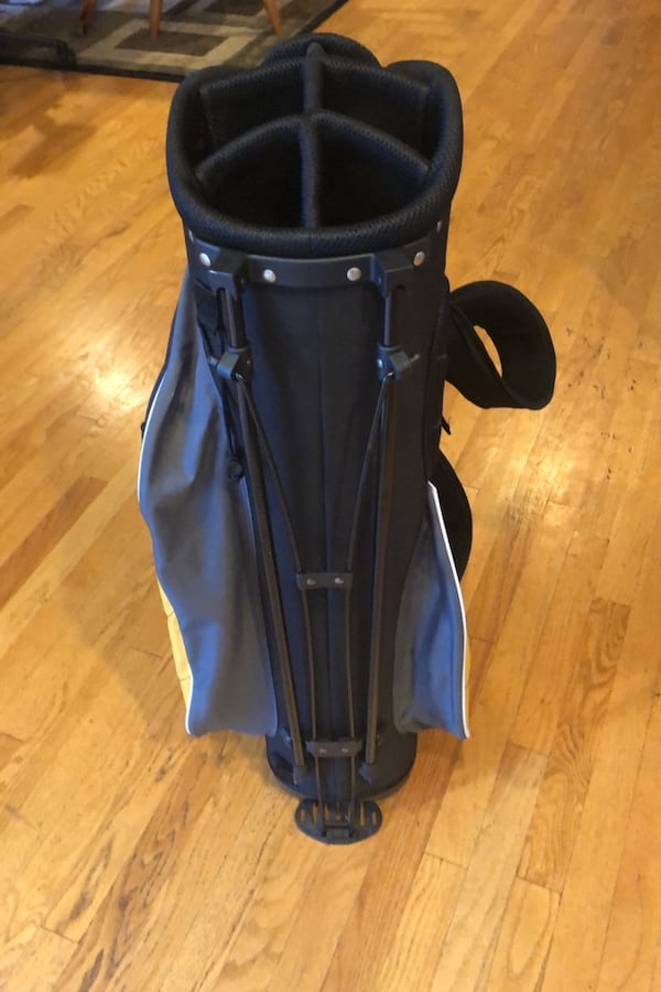 Ultra Golf Bag 52cfb1d8-9013-4c29-b3be-50995ab7bc3d