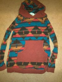 Long sleeve pull over  Fayetteville, 72704