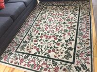 white, red, and green floral area rug Montréal, H3M 1L5