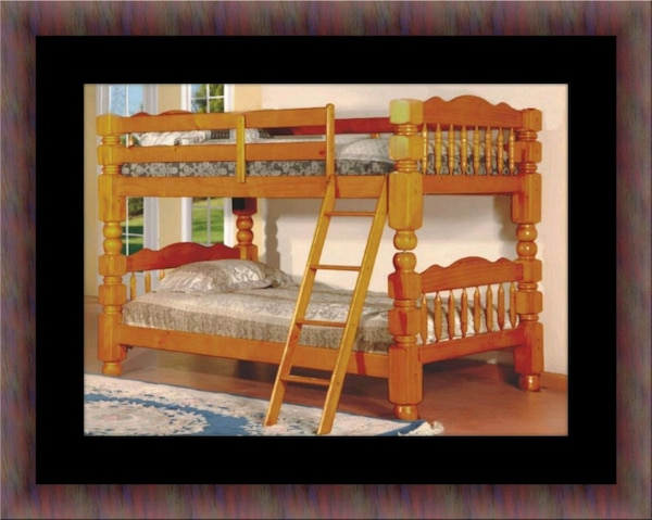 Wooden bunkbed frame with 2 mattress