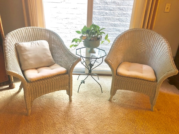 Peachy 2 Wicker Chairs Gmtry Best Dining Table And Chair Ideas Images Gmtryco