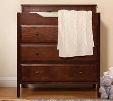 Jayden Changing Table Dresser with Pad by DaVinci