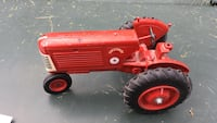 Red tracktor