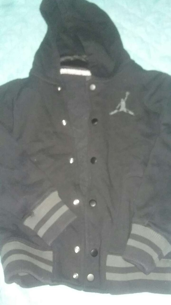 b6b15de2d73c3f Used black and gray air jordan button up hoodie for sale in Midland ...