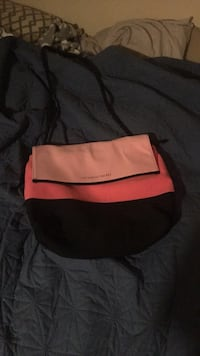 red and white leather bag 775 mi