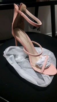 Blush faux leather heelz Brampton, L6P 2L5