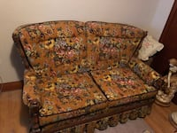 brown and red floral fabric 3-seat sofa Winnipeg, R3X 0A4