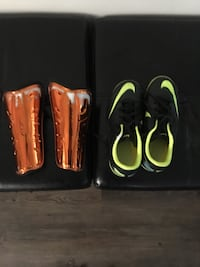 Boys indoor soccer shoes and pads size 13 boys Calgary, T2Z