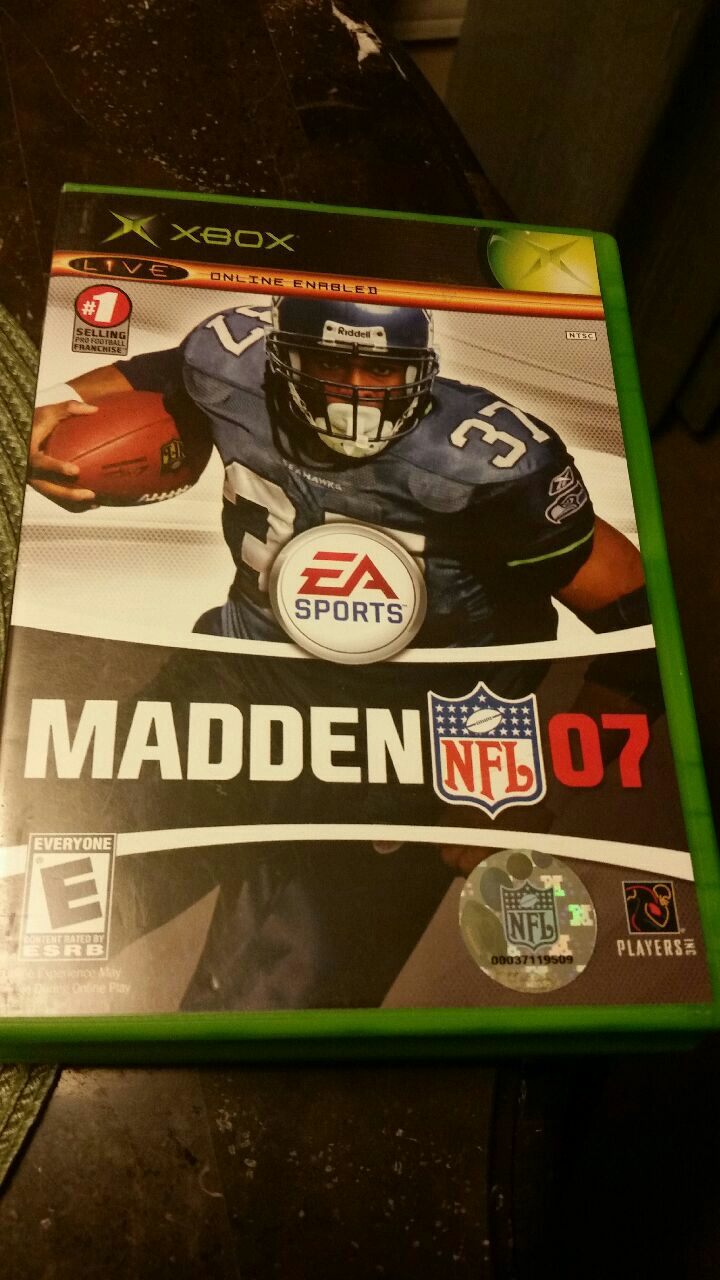 Photo Maddens NFL 07 Xbox game case