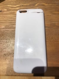 White iPhone 6 Plus charger case