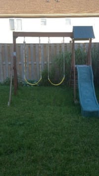 Swing Set/Play Structure Guelph