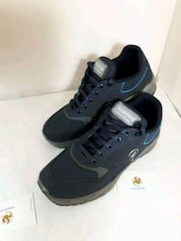 Light weight sneaker size 7 to 11.5 Markham, L3T 4W7