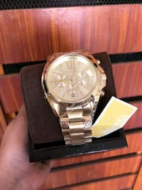 authentic MK watch (shippinonly) Jersey City, 07305
