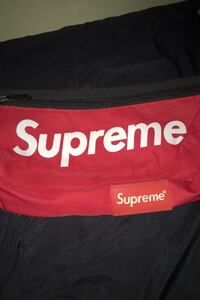 Supreme side bag Vancouver, V5N 2X1