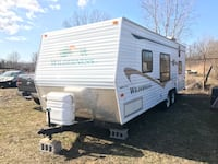 2004 Fleetwood  wilderness camper trailer