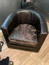 Leather Barrell chair