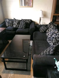 Black couch and loveseat Hampton