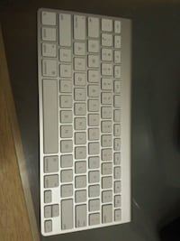 Brand new wireless Apple (Mac) keyboard! ☺ Toronto, M4P 1V3