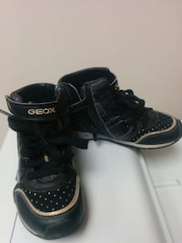 GEOX 10.5 leather kids shoes Edmonton