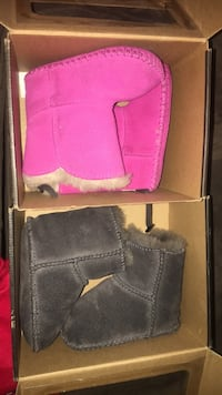 Baby girl uggs size 2/3 6-12 months New York, 10454