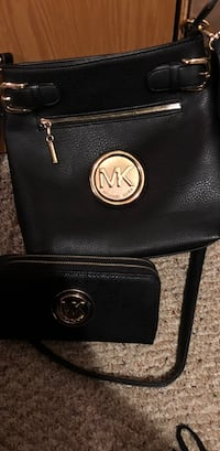 black Michael Kors leather crossbody bag Dawes, 25075