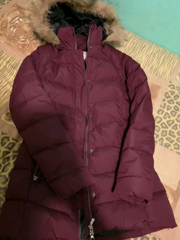 Mountain Warehouse Down winter jacket 77bdae34-d49f-42f7-a882-804c8915639b