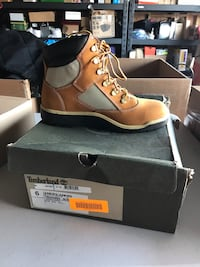 Timberland boots for boys size 6 new San Fernando, 91340