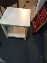 End table Worcester, 01605