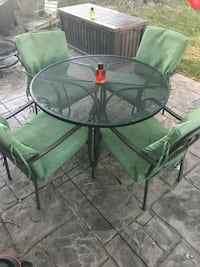 round black metal framed glass top patio table set Cleveland, 44144