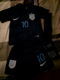 England kids jersey and shorts