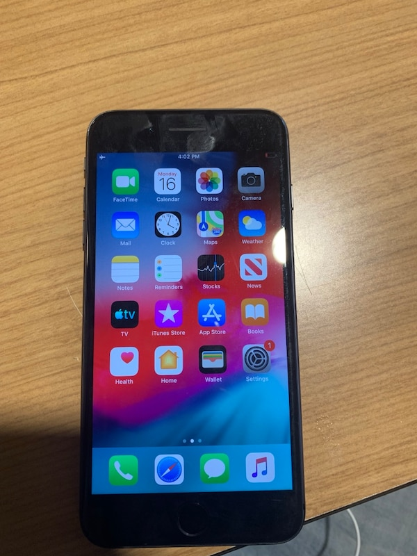 Unlocked iPhone 8 Plus (10/10 condition) 8cf6270a-2aa2-4cff-915d-af9c68af0f8e