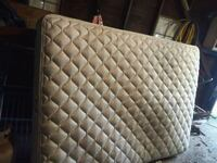 quilted white and gray mattress Peoria, 61603