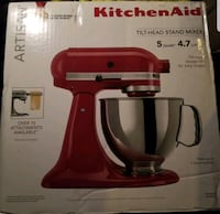 New Kitchenaid 5qt Artisan mixer $379 new