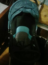 baby's black and teal car seat carrier Gladewater, 75647