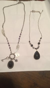 $5 for both fashion necklaces