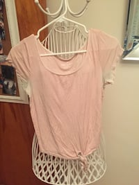 women's pink scoop-neck cap-sleeve shirt