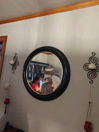 round brown wooden framed mirror Berwyn, 60402