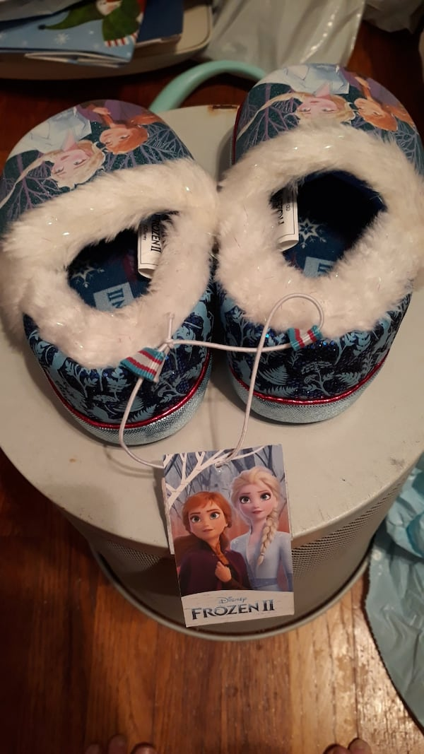 Toddler girls Frozen Slippers 08206aae-1a08-434b-9454-f82b3bec0e7a