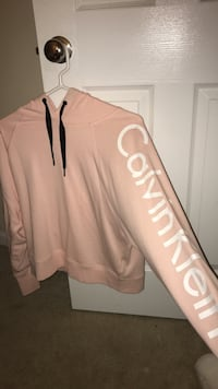 Pink and white Calvin Klein sweatshirt Ashburn, 20147