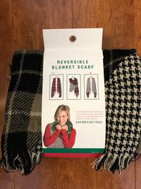 """New Reversible Blanket Scarf Size: 29 x 78 """" (pick up only) Alexandria, 22310"""