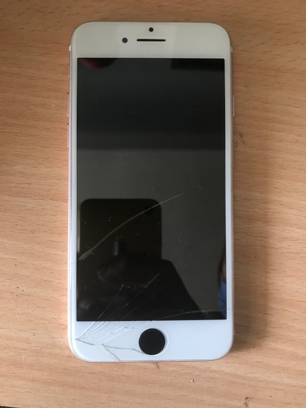 İphone 7 96a345ab-5273-4db3-88ea-0be9b2a725ee