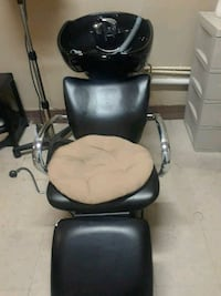 black leather padded rolling chair Houston, 77033