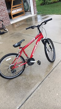 red and black hardtail mountain bike Westfield, 46062
