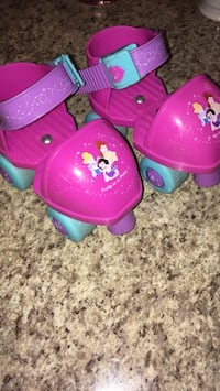 Adjustable Disney Princess Plastic skates FUN Silver Spring, 20905