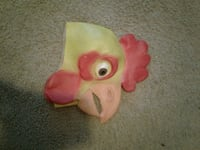 yellow and red chicken head toy Ellensburg, 98926