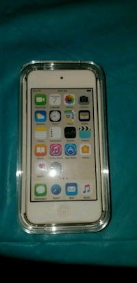 Ipod Touch 16GB/32GB 32 km