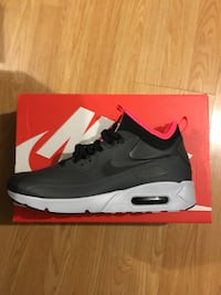 Air Max 90 Sneaker Boots (Brand New) Size 11