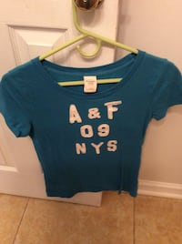 teal abercrombie and fitch scoop neck t-shirt