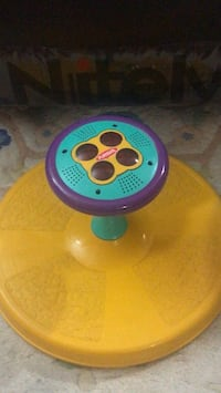 Sit n spin. Fun Blue and pink plastic toy Mississauga, L5C 1P2